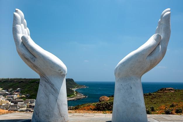 台湾の澎湖がんの手にある澎湖の彫刻