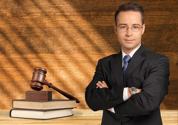 잘 생긴 백인 변호사, 법률 개념