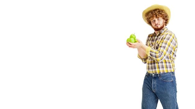 Bel contadino, allevatore di animali isolato su bianco studio