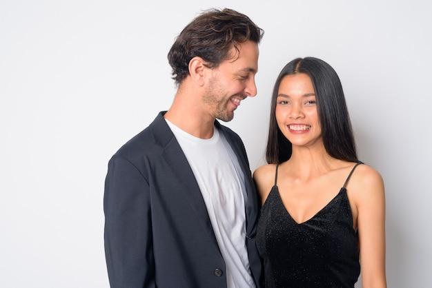 잘 생긴 히스패닉 사업가 젊은 아름다운 아시아 사업가 함께