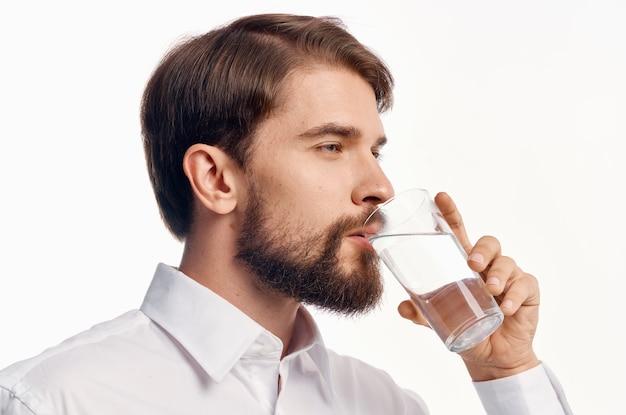 Красавец здравоохранение чистая вода студия. фото высокого качества