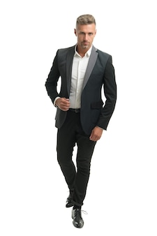 세련된 머리를 한 잘생긴 전문 남자는 흰색, 사업가로 격리된 공식적인 패션 스타일로 비즈니스 정장을 입습니다.