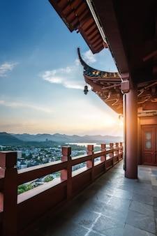 杭州chenghuangge中国の古代建築回廊
