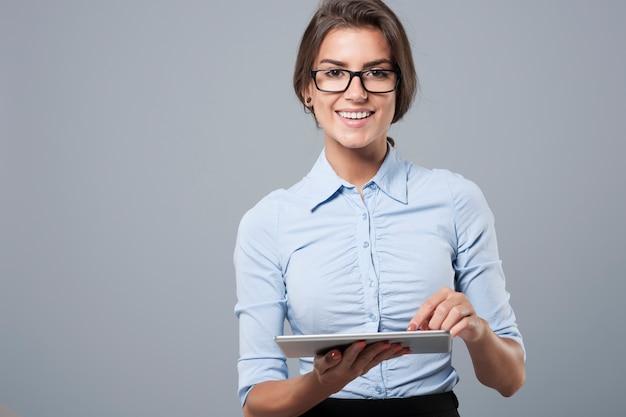 Felicità della nuova tecnologia nel mondo degli affari