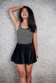Портрет счастливой азиатской девушки