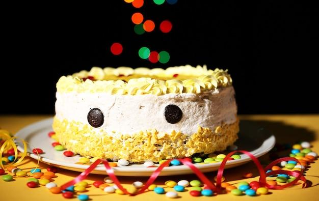 お誕生日おめでとうケーキ、黒