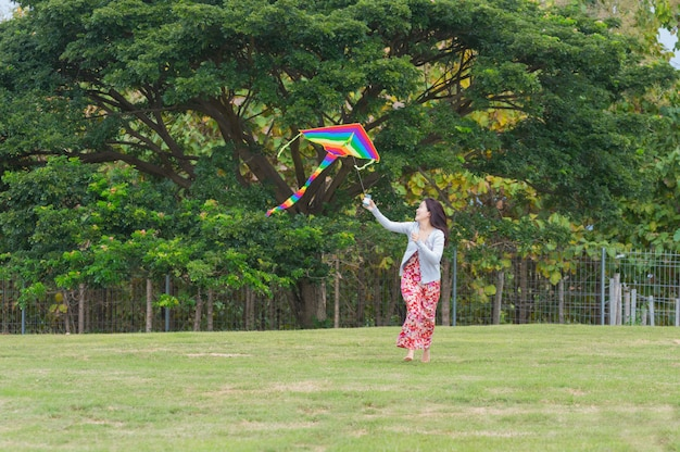 Happy kite women