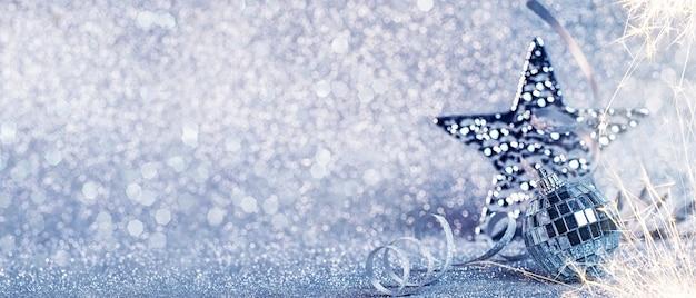 С новым 2020 годом. рождественские и новогодние праздники фон, зимний сезон.