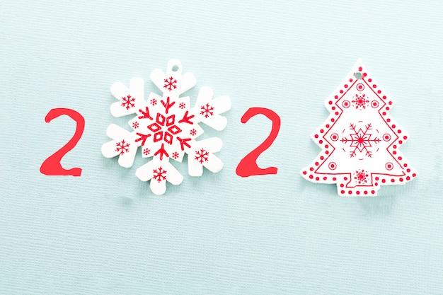 С новым 2021 годом. вместо цифры 0 снежинка, а вместо цифры 1 елка.