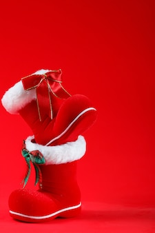 明けましておめでとう、メリークリスマス、サンタクロースのブーツ
