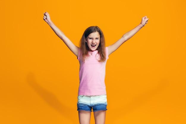 승자가 되 고 축 하 행복 성공 십 대 소녀. 여성 모델의 역동적 인 에너지 이미지