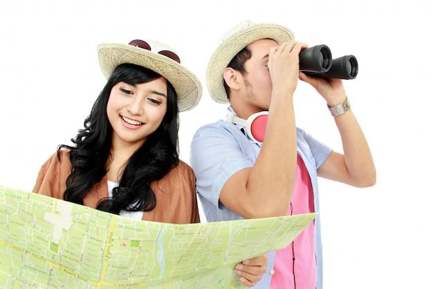 Счастливый подросток турист