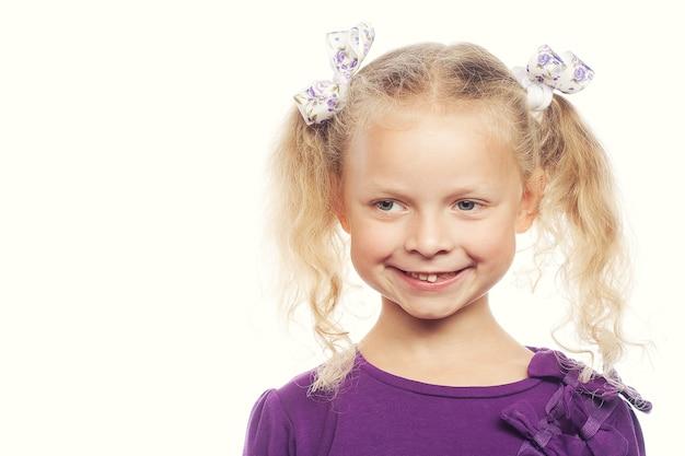 小さな女の子のための幸せな時間