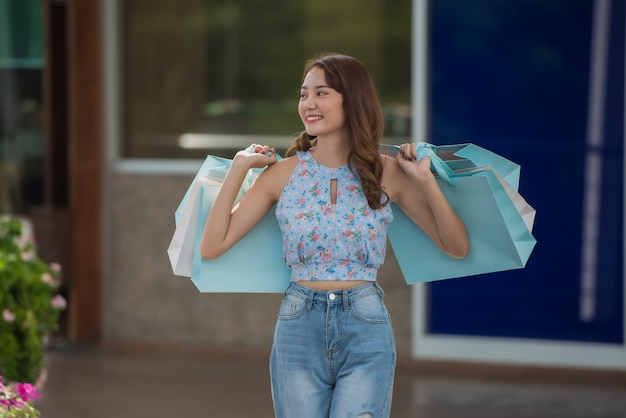 Happy time to shopping concept