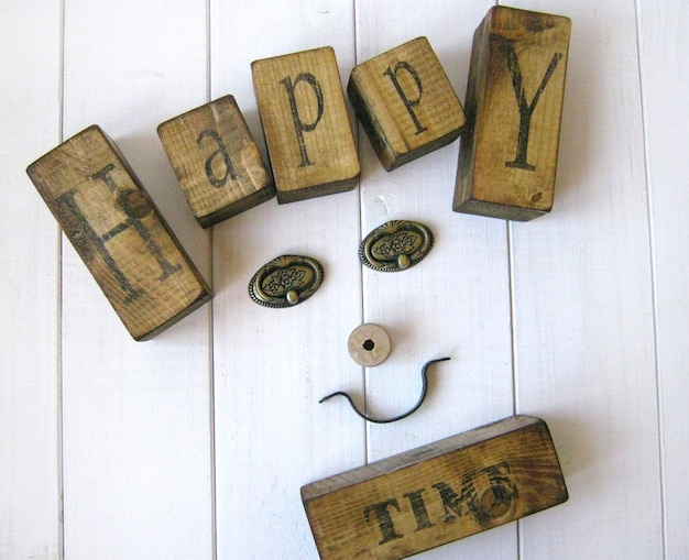 Happy time wooden cubes