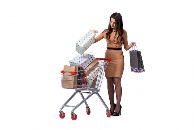 Счастливая женщина после удачных покупок на белом фоне