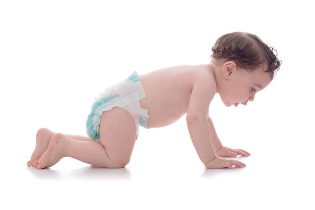 크롤링 학습 행복 한 어린 아기