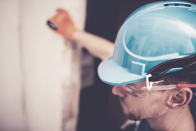 Hard hat construction zone