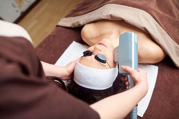 Hardware treatments in the spa salon