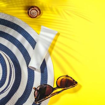 サングラスと保護クリームspfトップビーチアクセサリー付きの帽子