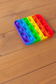一杯やります。人気のマルチカラー感覚ストレス解消玩具。柔らかい色のシリコーン。