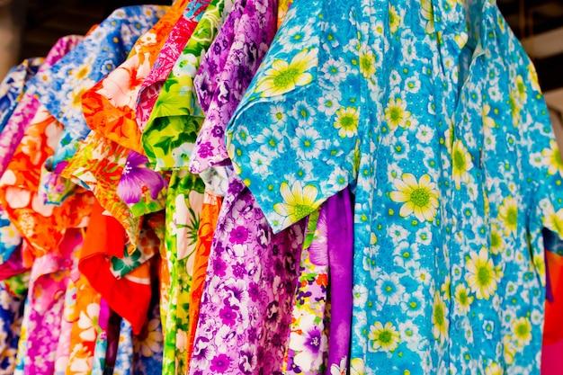 ハワイアンシャツ Premium写真