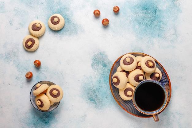 헤이즐넛, 평면도와 헤이즐넛 쿠키