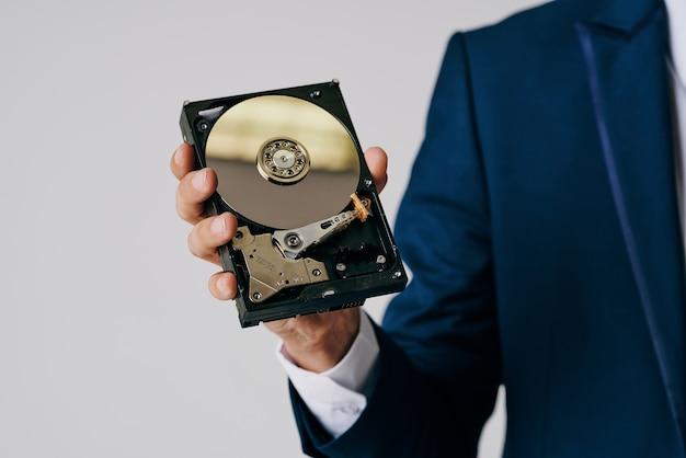 Жесткий диск с технологией hdd офисный. фото высокого качества