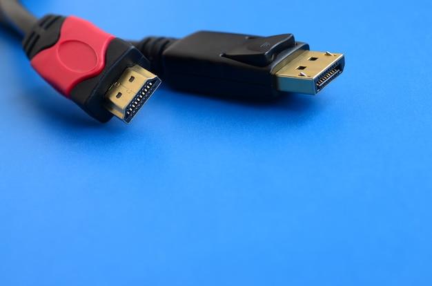 Аудио-видео hdmi-штекер компьютерного кабеля и 20-контактный штекер displayport с позолотой