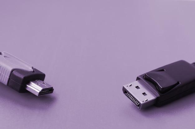 Штекер кабеля hdmi и разъем display port