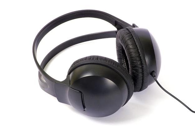 흰색 절연 헤드폰