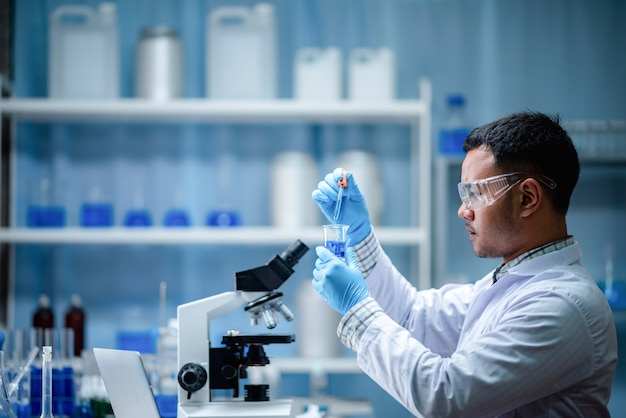 Health care researchers working in medicals science technology research in laboratory