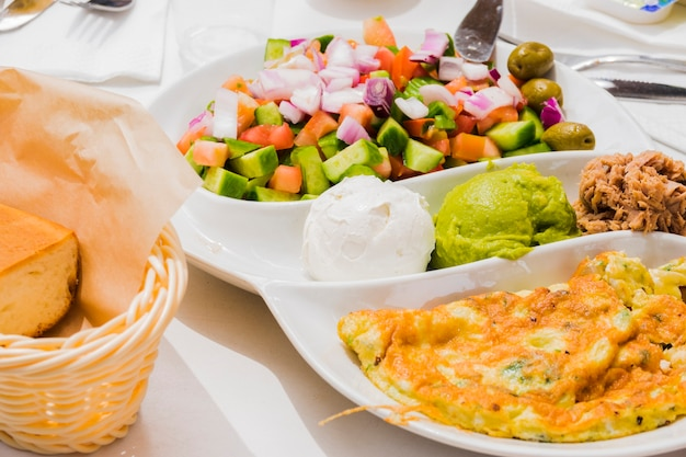 Healthy breakfast with vegetables