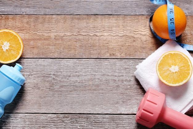 果物とスマートフォンの健康的な組成