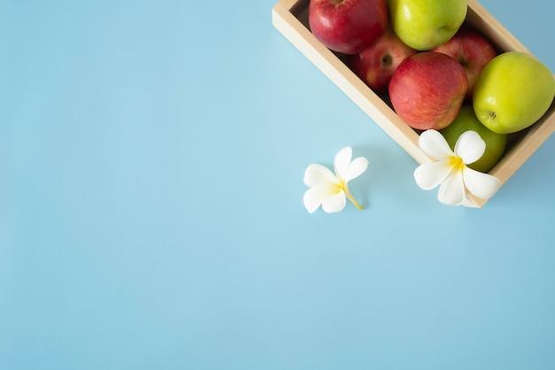 Фон здорового питания здоровый веганский вегетарианский мешок для еды синий мешок для фруктов и овощей копией пространства