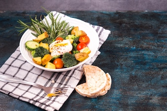 Healthy food composition with fresh salad