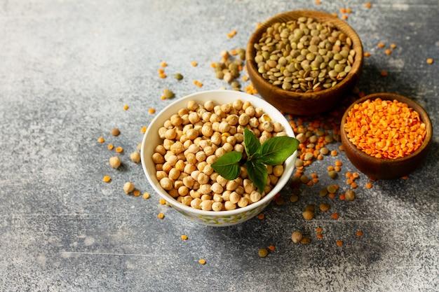 健康食品ダイエットコンセプトビーガンプロテインソースマメ科植物の生
