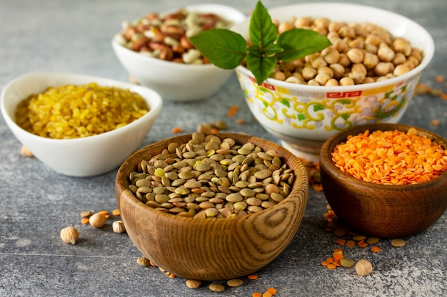 健康食品ダイエット栄養コンセプトビーガンタンパク質源マメ科植物ひよこ豆の生