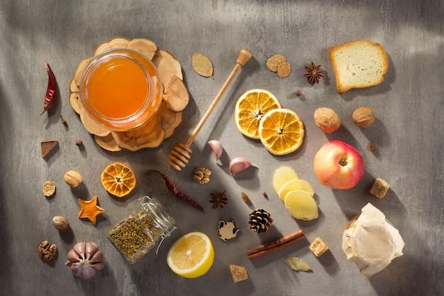 石のテーブルの背景に健康食品
