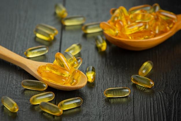 Healthy fresh garlic and garlic capsules