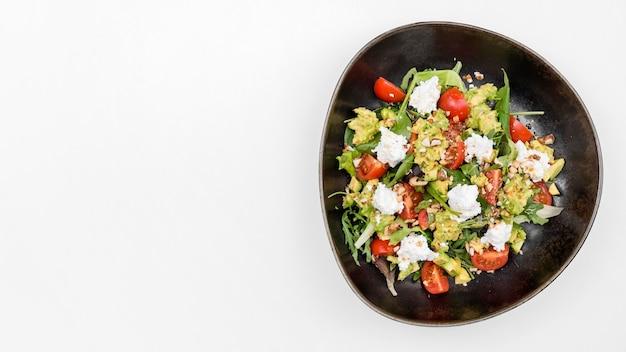 コピースペースと健康的なフレッシュサラダ