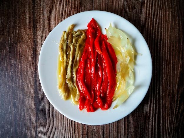 エスカリバーダと呼ばれるヘルシーな野菜焼き料理