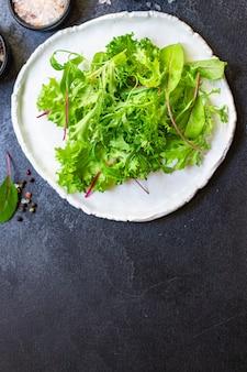 Полезный салат листья микс салат микро зелень натуральный продукт