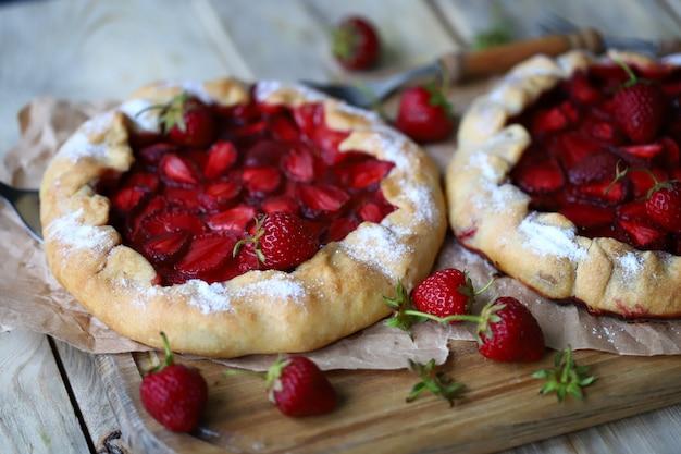 いちごのヘルシーな夏のデザート