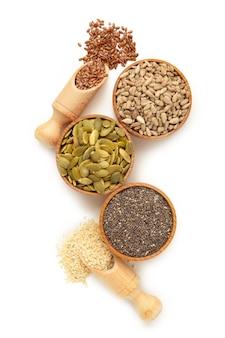 Здоровый суперпродукт кунжут, тыквенные семечки, семечки, семена льна и чиа