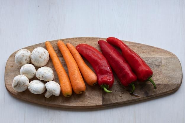 台所で野菜
