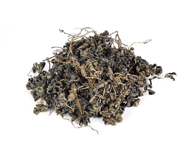 Куча сушеного зеленого чая