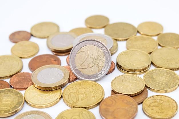 白のユーロセントのヒープ