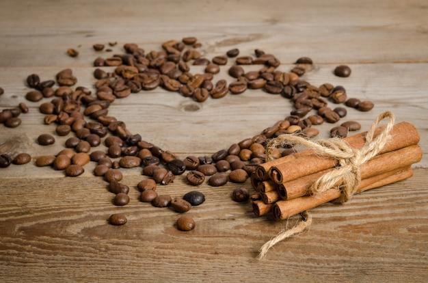 Сердце из кофейных зерен