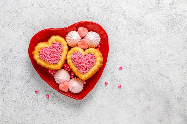 バレンタインデーのハート型ケーキ。